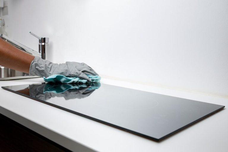 Jak wybrać firmy zajmujące się czyszczeniem powierzchni?