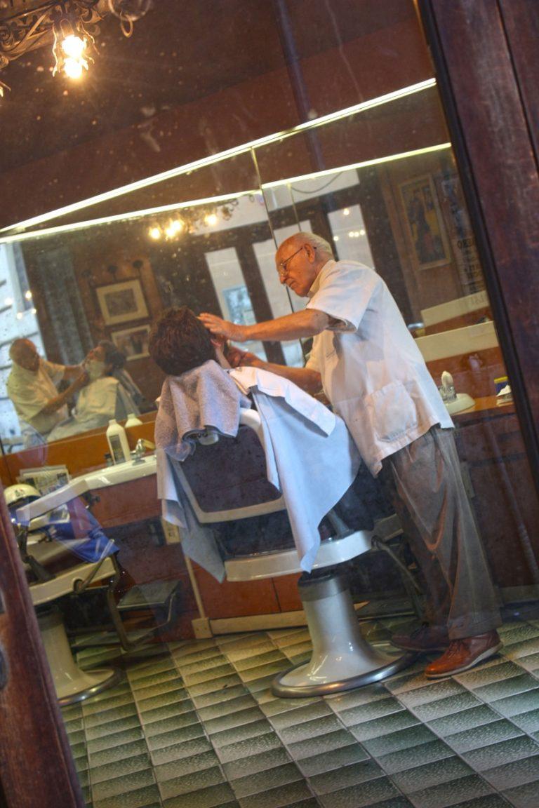 Każdy z nas korzysta z usług fryzjera, jak wybrać najlepszego?