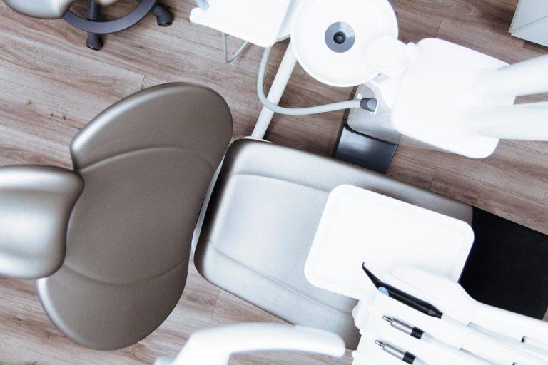 Warto pamiętać o zdrowych zębach